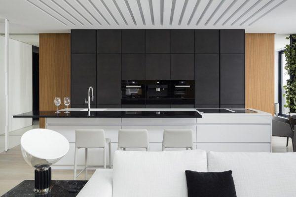 Кухня линейная с островом КЗ-3С